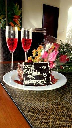 Pradha Villas : Birthday and Wed Anniversary cake