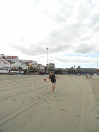 TRYP Tenerife : пляж Ла Виста