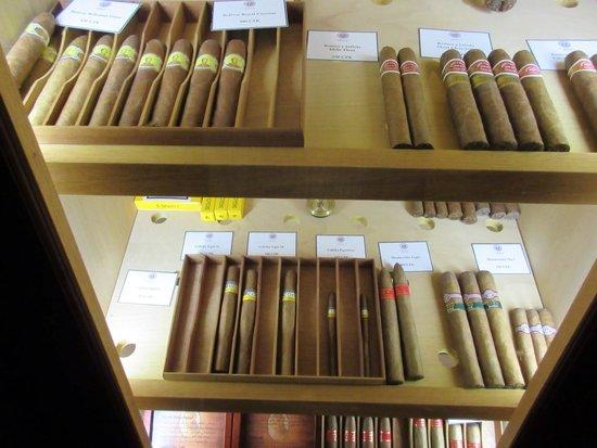 Boscolo Prague, Autograph Collection: Great cubans.. Good priced