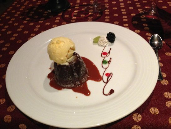 Omni Cancun Resort & Villas: Da Vinci - Dark Chocolate Warm Fondant