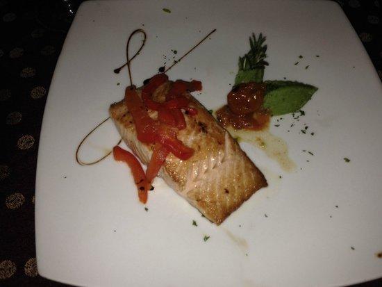 Omni Cancun Resort & Villas : Da Vinci - Sicilian style Salmon
