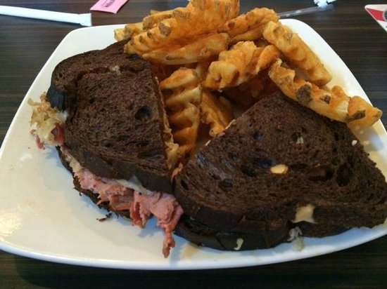 Brewbakers Bar and Grill: Reuben Sandwich and Waffle Fries