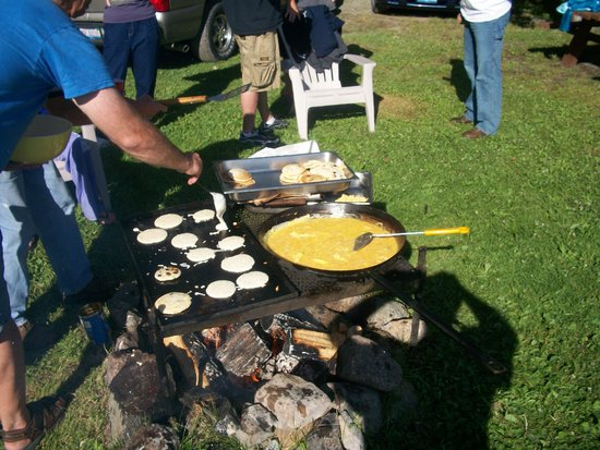 Moose Track Adventures: Morning Breakfast With Family and Friends