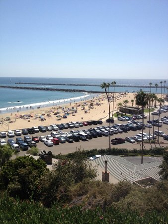 Corona Del Mar State Beach: Neighborhood Shot