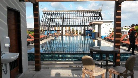 Sun Island Hotel & Spa Legian: L5 pool
