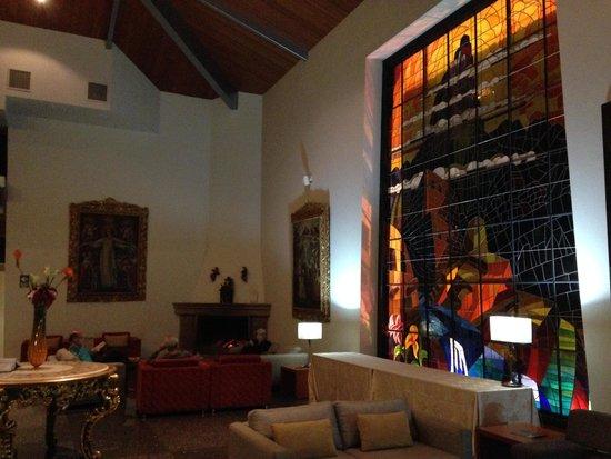 Aranwa Sacred Valley Hotel & Wellness: Hotel lobby