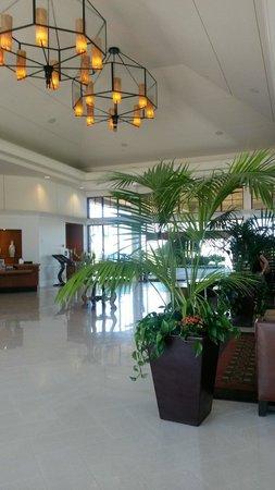 Sheraton Carlsbad Resort and Spa: The Lobby
