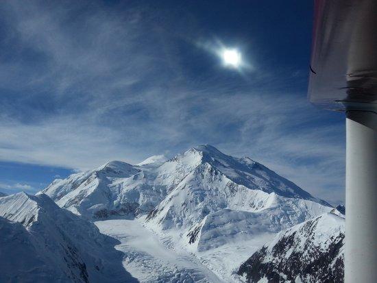 Skyline Lodge: McKinley from flight seeing
