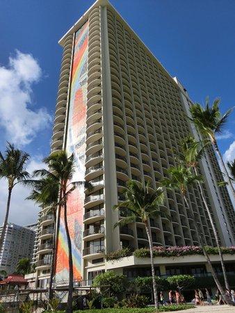 Hilton Hawaiian Village Waikiki Beach Resort : ホテル下ビーチから