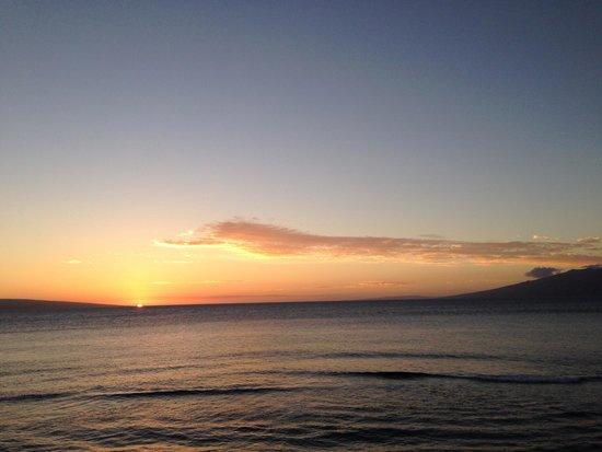 Maui Kai: Sunset from the balcony