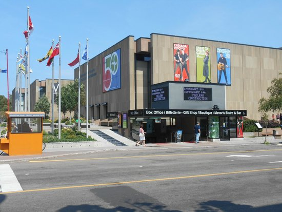 ‪Confederation Centre of the Arts‬