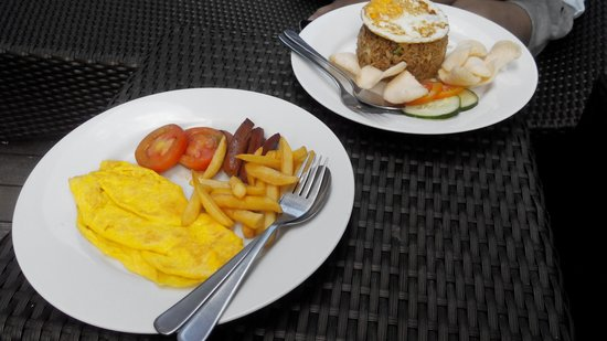 Gosyen Hotel: breakfast