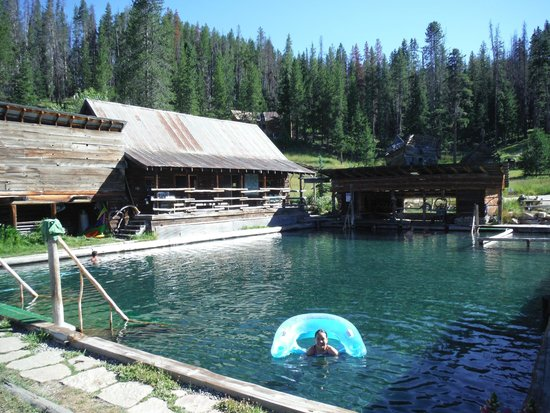 Burgdorf Hot Springs: Very clean pool!