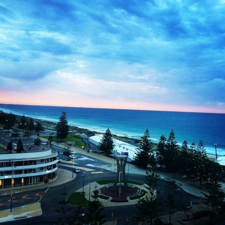 Rendezvous Hotel Perth Scarborough: The view from my room 7am