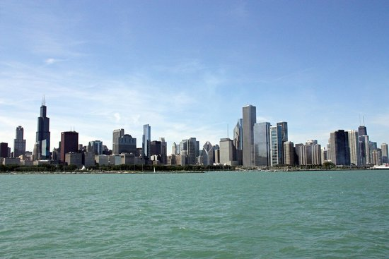 Wendella Sightseeing Boats: View of Chicago Skyline from Lake Michigan