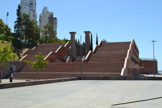Parque de Espana : las escaleras
