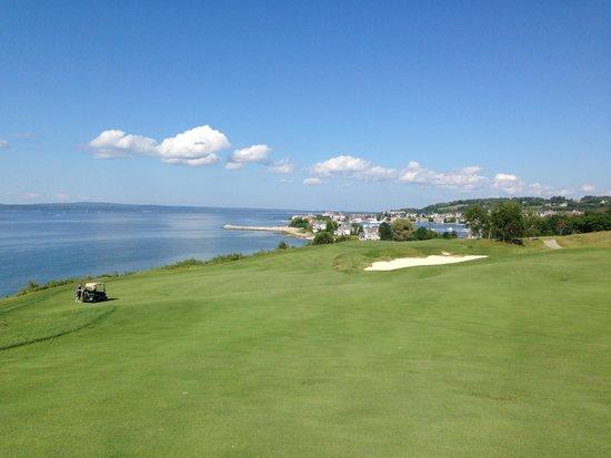 Bay Harbor Golf Club: 2番ホール!