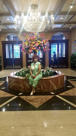 Royal Sonesta New Orleans: My grandmother and this beautiful fountain