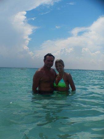 Secrets Maroma Beach Riviera Cancun: Out in the beautiful water