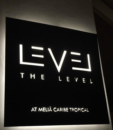 Meliá Caribe Tropical : The Level-Adults Only