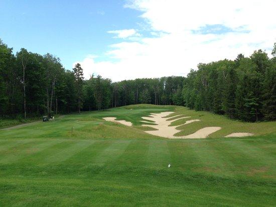 Black Lake Golf Course >> 名物ショートホール Picture Of Black Lake Golf Club Onaway