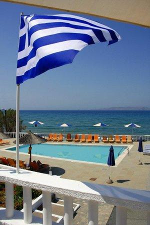 Zorbas Island : Flying the flag
