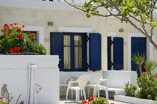 Zorbas Island : The patio area