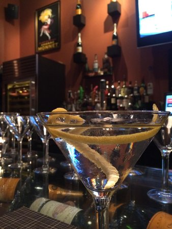 Fuel Restaurant: Perfect Vesper Cocktail - James Bond would be in heaven here.