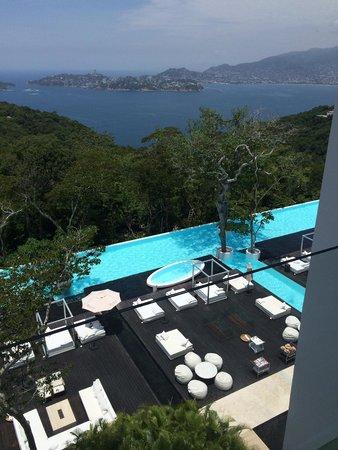 Hotel Encanto : Vista desde la habitación hacia la alberca