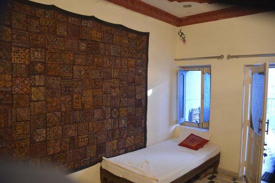The Blue House Guest House Jodhpur: Room