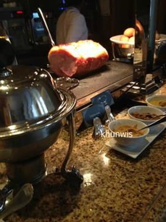 Sheraton Grande Sukhumvit, A Luxury Collection Hotel: breakfast
