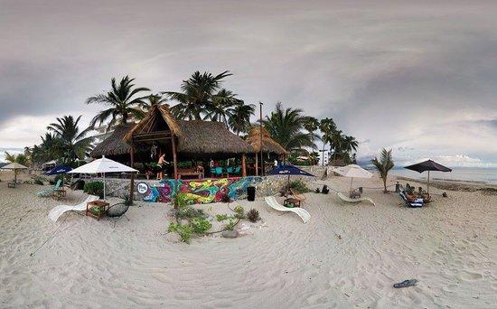 Proud Beach Project: Vista desde la playa