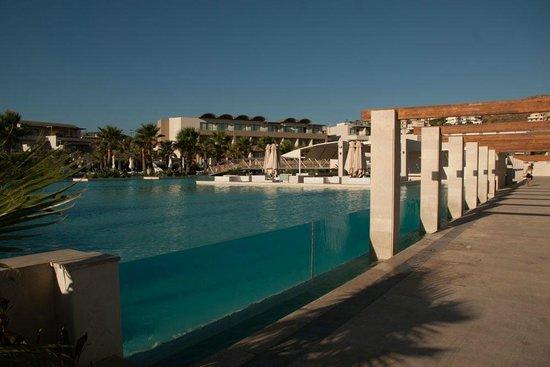Avra Imperial Hotel : main pool