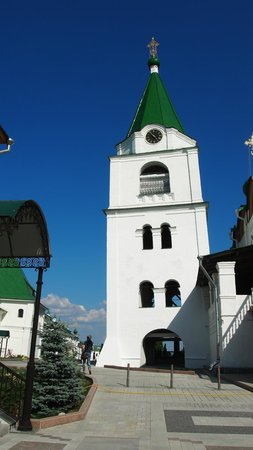 Pechersky Ascension Monastery : Bell tower with a slope