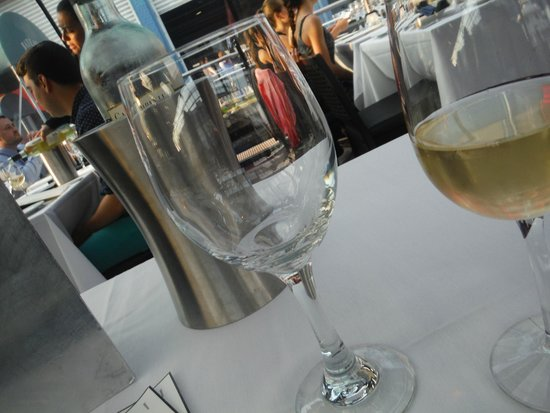 Bateaux New York: Pinot is a Must!