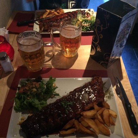 Ribs 'n Beer: Slow cooked, chocolate & beer sauce ribs. Amazing!! We did the all you can eat and could only ea