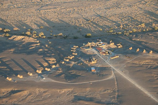 Wilderness Safaris Kulala Desert Lodge: A view from above.