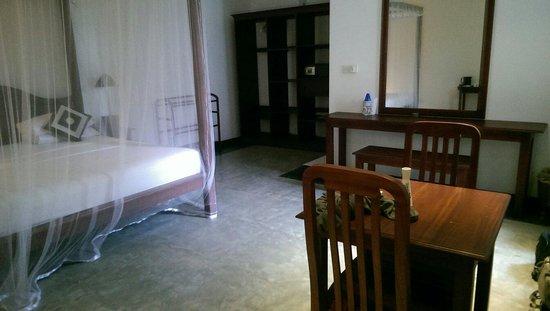 Amal Villa Apartments & Rooms: Beach villa room