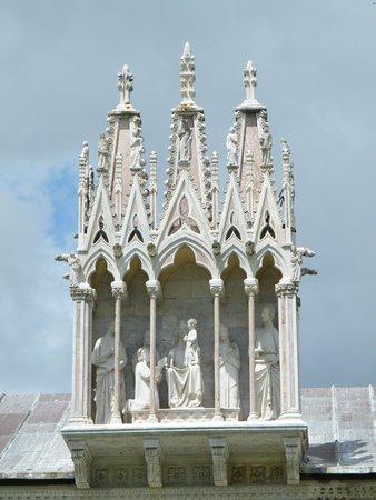 Piazza dei Miracoli : PISA,archi del CAMPOSANTO