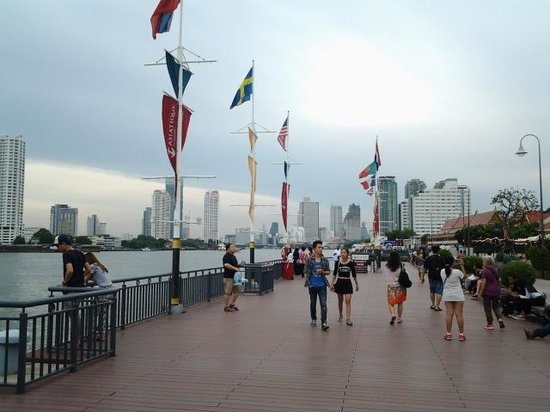 Asiatique The Riverfront: Along Chao Phraya river