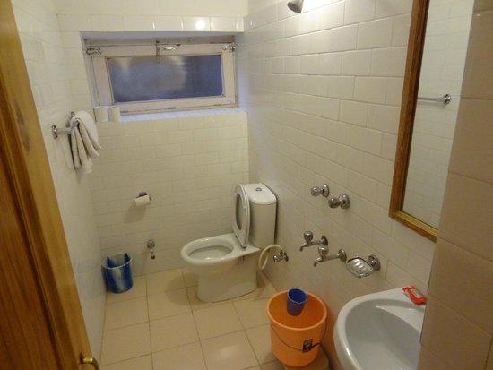 Hotel Omasila: bathroom