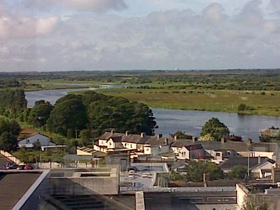Sheraton Athlone: view of the shannon from our room