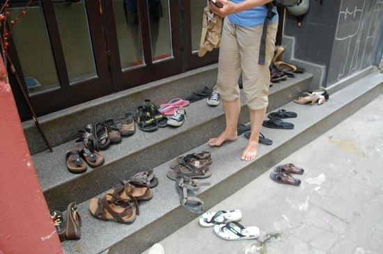 HueNino Hotel: Schuhe aus im Hotel