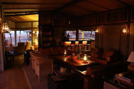 Wolwedans Dunes Lodge: Evening luxury.