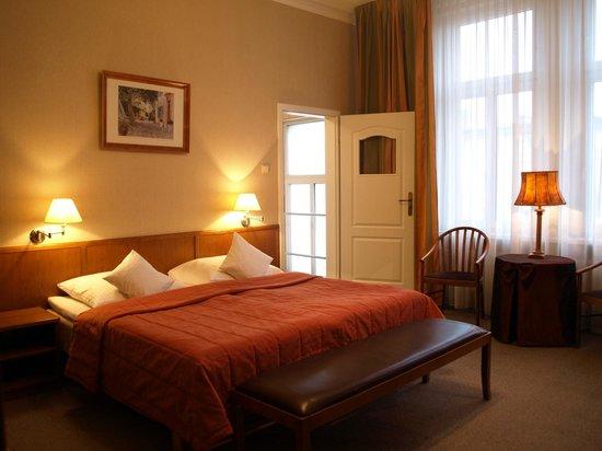 Rzymski Hotel: Przykładowy pokój DBL+