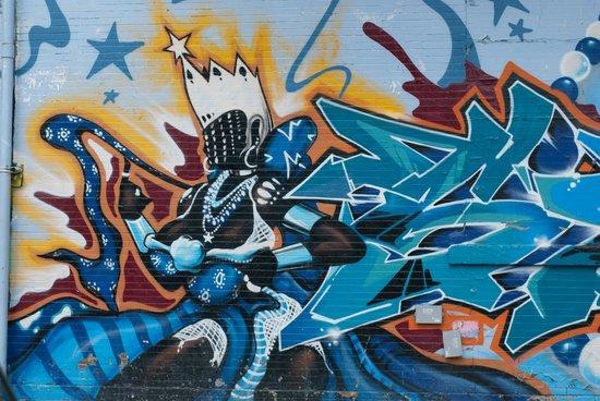Bike the Big Apple: Graffiti