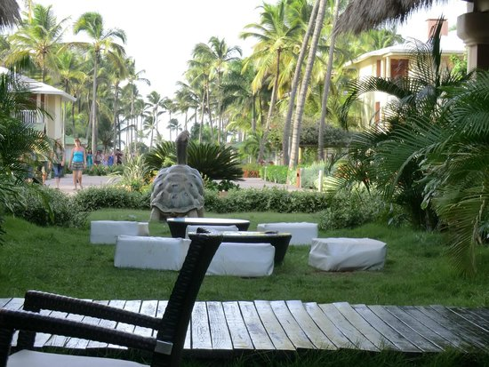 Sirenis Punta Cana Resort Casino & Aquagames: La grande allée