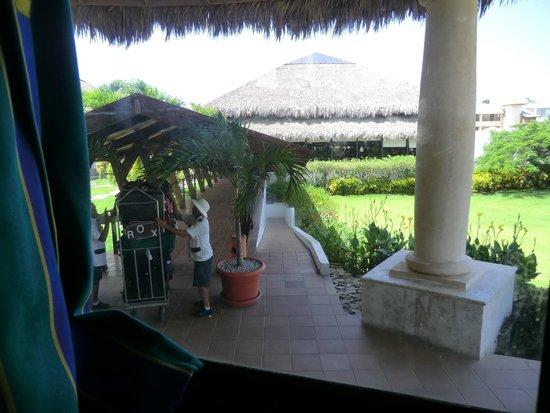 Sirenis Punta Cana Resort Casino & Aquagames : entrée de l'hôtel