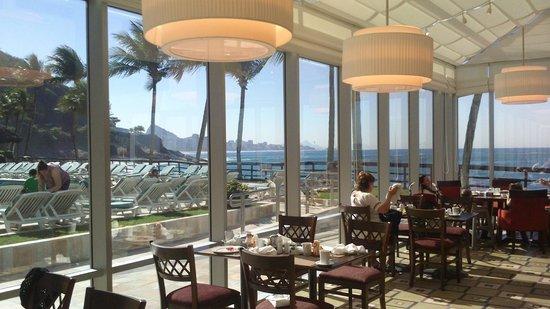 Sheraton Grand Rio Hotel & Resort: View from restaurant in morning