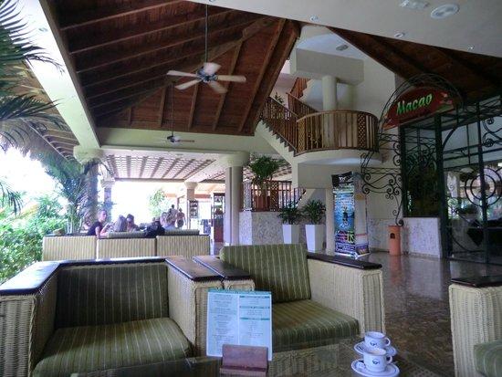 Sirenis Punta Cana Resort Casino & Aquagames : le hall